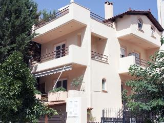 Luxury House in an Upper Class &Quiet Area. - Marousi vacation rentals