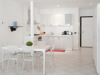 Bright 1 bedroom Condo in Bolzano with Internet Access - Bolzano vacation rentals