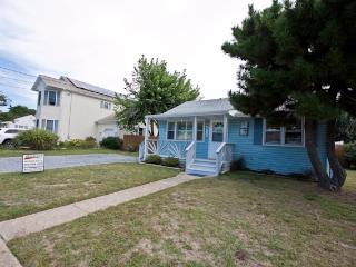 Nice House with Deck and Internet Access - North Cape May vacation rentals