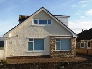 Spacious home by the Sea, Porthcawl. - Porthcawl vacation rentals