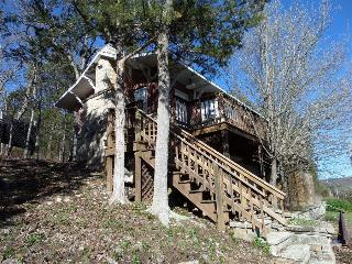Railroad Depot Cabin, Large Stone Fire Place, Hot Tub, Spacious Deck - Eureka Springs vacation rentals