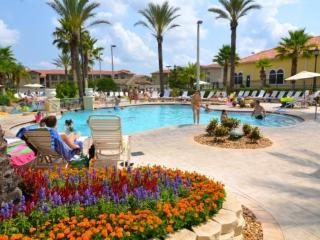 4 Bed 3 Bath Town Home in Regal Palms Resort Close To The Parks. 142CD - Orlando vacation rentals