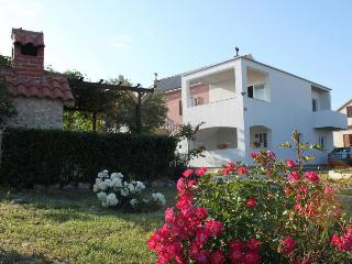 1 bedroom Apartment with Television in Nin - Nin vacation rentals