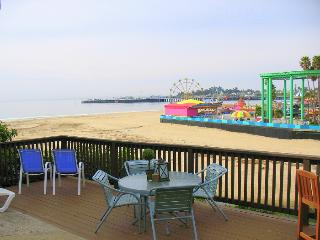 1110/Boardwalk Views *OCEAN VIEW* WALK TO BOARDWALK* - Santa Cruz vacation rentals