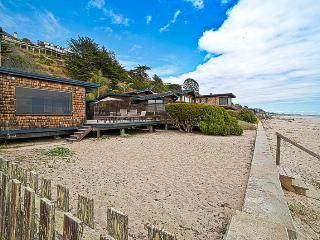 535/Hawley Beach House *ON THE SAND* 1 Night FREE for Off-season - Aptos vacation rentals