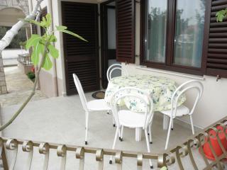 Adorable 2 bedroom Apartment in Jezera with Television - Jezera vacation rentals