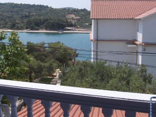 5415 Lucija (2+2) - Jezera - Jezera vacation rentals
