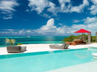 Perfect 2 bedroom Villa in Grace Bay with Internet Access - Grace Bay vacation rentals