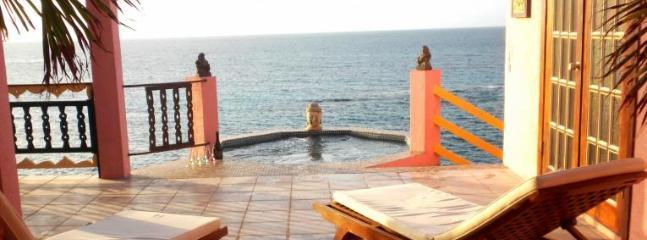 Villa Hibernia - Island Harbour vacation rentals