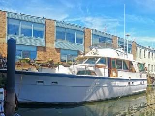 Luxury Yacht  -- Walk to Historic Sites & More! - Philadelphia vacation rentals