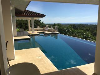 Spectaculr Hme InfinityPool Mins 2 Bst Beach in CR - San Juanillo vacation rentals
