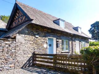 COACH HOUSE 1 - stylish, close to lake and beach, great touring base, near Ambleside, Ref 917759 - Skelwith Bridge vacation rentals