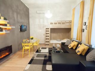 Apartment Amarillo next to Synagogue - Budapest vacation rentals