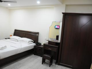 Royapettah, Lloyds Road, Supreme Room - Chennai (Madras) vacation rentals