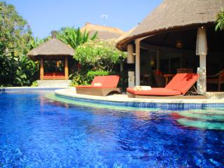 "Bali Akasa Villa ""Absolute Bliss"" 5-7 Brm nr Beach - Seminyak vacation rentals"