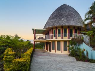 Samoan Highland Hideaway Fa'le - Apia vacation rentals