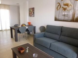 Cozy 2 bedroom Condo in Empuriabrava - Empuriabrava vacation rentals