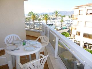 Charming Condo with Television and Microwave - Empuriabrava vacation rentals