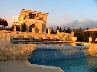 Stunning Villa - Huge Infinity Pool - Sea Views - Polis vacation rentals