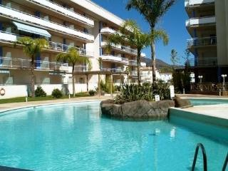 1 bedroom Apartment with Shared Outdoor Pool in Roses - Roses vacation rentals