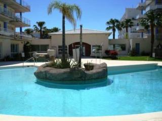 2005-PORT CANIGO Apartamento con piscina comunitaria - Roses vacation rentals