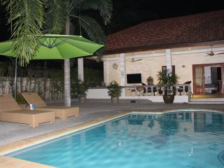 Beautiful palm fringed  pool villa - Lamai Beach vacation rentals
