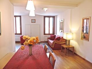Arsenale Apartment - City of Venice vacation rentals