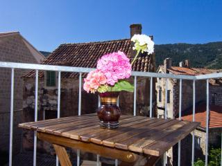 Balcony. Historic downtown. Center. Renovated. - Komiza vacation rentals