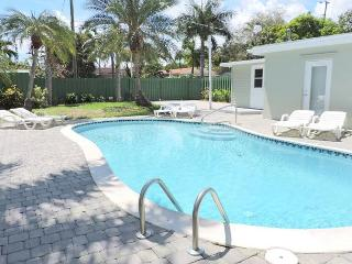 BRAND NEW 5/3 FOR 12, HEATED POOL, NEAR HOLLYWOOD BEACH & BOARDWALK  & GOLF - Hollywood vacation rentals