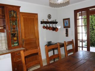 Cozy 3 bedroom Meschers-sur-Gironde Villa with Internet Access - Meschers-sur-Gironde vacation rentals