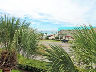 Grand Caribbean West 303-*Avail 4/28-5/5*- RealJoy Fun Pass- *FAB Kitchen - Destin vacation rentals