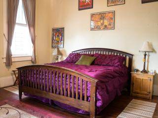 "Blue60 Guest House ""Avenue Studio"" - New Orleans vacation rentals"