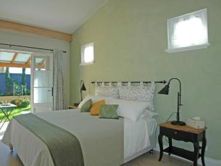 L'Olivette B&B - Olive Room - Nelson Bay vacation rentals
