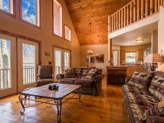 Cabin w/Hot Tub Firepit, Gameroom, Cable & Wifi - Banner Elk vacation rentals