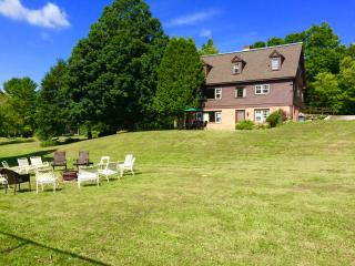 Perfect Reunion House - sleep 18. Pool + tennis. - Manchester vacation rentals