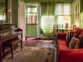 Garden Apartment - New Orleans vacation rentals