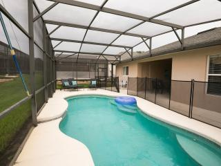 LUXURY, POOL(S) COMPUTER, WIFi, NEAR DISNEY - Davenport vacation rentals