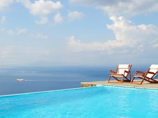 Spacious Villa in Andros with Internet Access, sleeps 8 - Andros vacation rentals