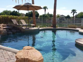Desert Oasis w/ Heated Pool, 5 BR, 2.5 Baths-Golf - Avondale vacation rentals