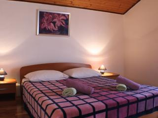 Flat with two bedrooms for 5 people - Novalja vacation rentals