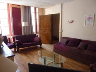 2 bedroom Condo with Internet Access in Lectoure - Lectoure vacation rentals