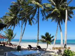 Beachfront Villa - Taling Ngam vacation rentals