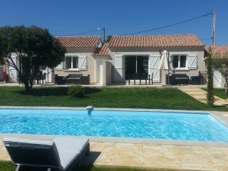 Villas climatisées avec piscine - Ghisonaccia vacation rentals