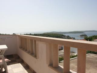 Exclusive Studio  N°2 with sea view and pool - Hvar vacation rentals