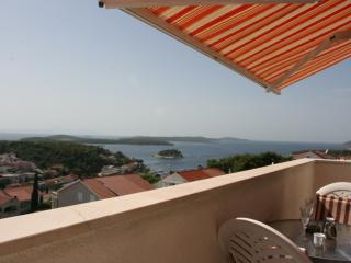 Exclusive Studio  N°1 with sea view and pool - Hvar vacation rentals
