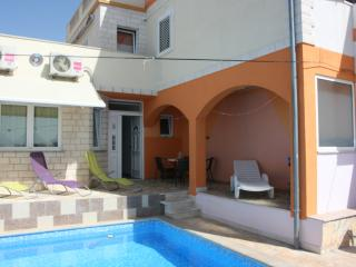 Great apartment with new swimming pool - Hvar vacation rentals