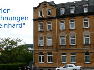 Hübsche Ferienwohnungen 'Reinhard' - 08280 Aue DE - Aue vacation rentals