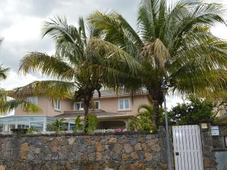 3 bedroom Villa with Internet Access in Blue Bay - Blue Bay vacation rentals