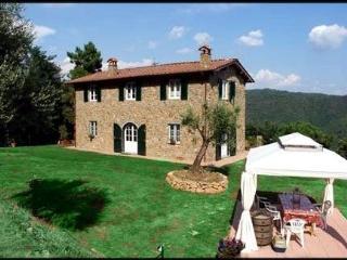 Nice Villa with Internet Access and Television - Villa Basilica vacation rentals