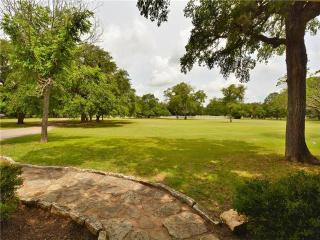 Comfortable Cottage with Internet Access and Grill - Round Rock vacation rentals